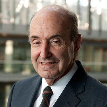 Miquel Roca Junyent Secretari de la Fundació Kàlida